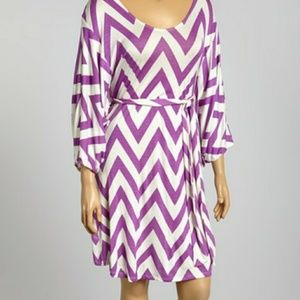 ⭐PLUS⭐ Purple & White Chevron Dolman Dress
